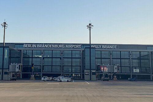 Autokino Berlin Am Großflughafen Ber