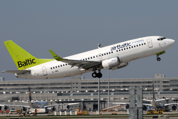 Boeing 737 von Air Baltic - Foto: Benjamin Exenberger