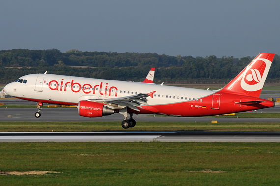 Airbus A320 der Air Berlin - Foto: Austrian Wings Media Crew