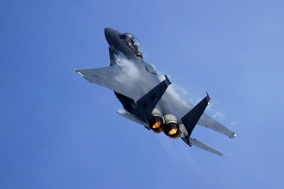 comp_StrikeEagle_climbing