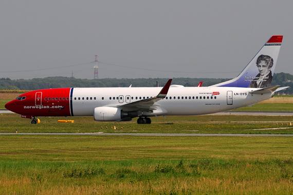 Boeing 737-800 von Norwegian - Foto: Chris Jilli