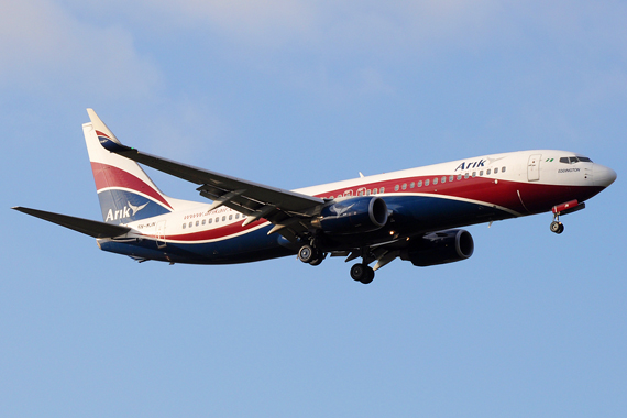 Arik Air Boeing 737-800 - Foto: Biggerben / Wikimedia Commons