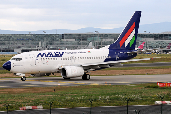 Malev Boeing 737-600 - Foto: Austrian Wings Media Crew