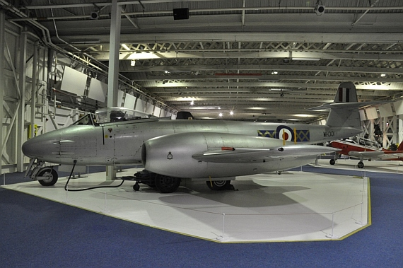 Gloster Meteor F-8
