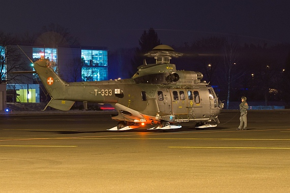 Eurocopter AS-532UL Cougar (T-333), Swiss Air Force, ready to fly back to Davos - Foto: Stefan Gschwind