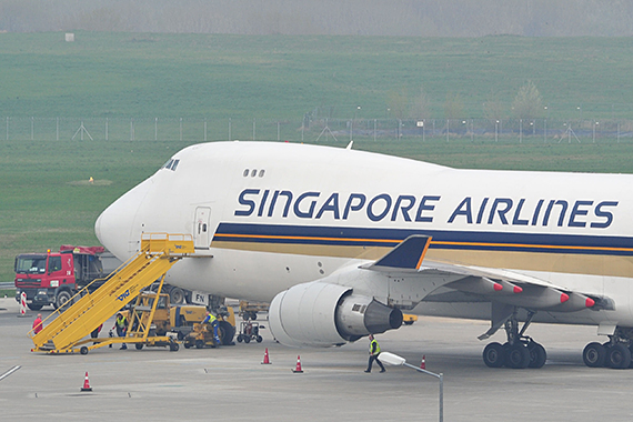 Closeup Singapore Airlines Cargo 747-400F 9V-SFN auf dem Kilo-Block in Wien - Foto: PA / Austrian Wings Media Crew