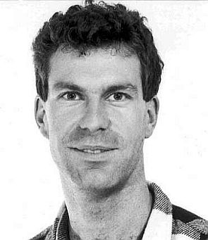 Erster Offizier Stephan Löw - Foto: Archiv (Swissair)