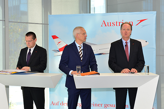 AUA Austrian Airlines Vorstand Lachinger Froebe Albrecht Foto Austrian Wings Media Crew