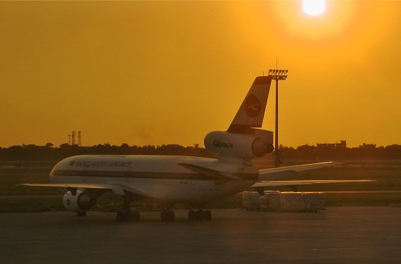 Soon it is sunset for the DC-10 in Bangladesh, setting an end to decades of passenger operations with this Trijet beauty