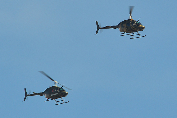 Zwei OH-58 Kiowa in Formation