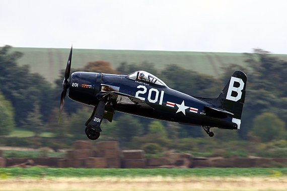 Grumman F8F Bearcat beim Start