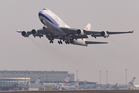 China Airlines Boeing 747-400 B-18207_1 Foto Markus Dobrozemsky