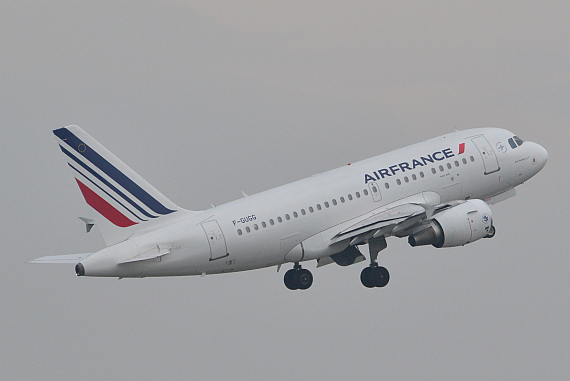 Air France Airbus A318 F-GUGG beim Start Foto PA Austrian Wings Media Crew