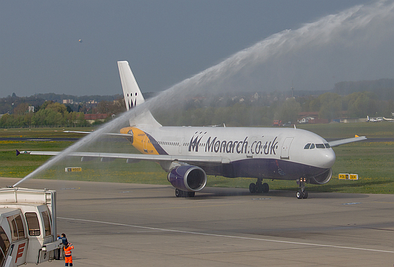 Monarch Airlines Airbus A300-600 Mathias Claus_2