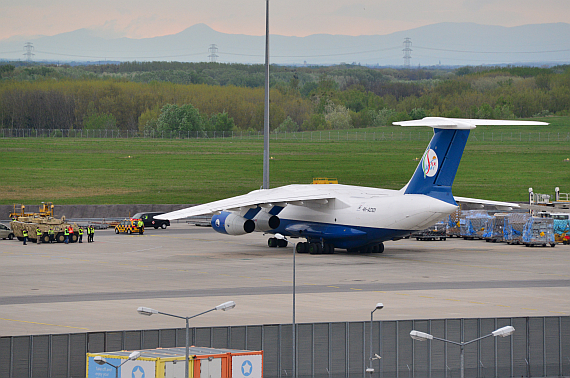 Silk Way IL-76 4K-AZ101_3 Foto PA Austrian Wings Media Crew