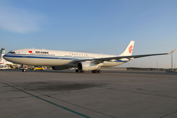 Air-China-1-Airbus-A330-300-Foto-RR-Austrian-Wings-Media-Crew