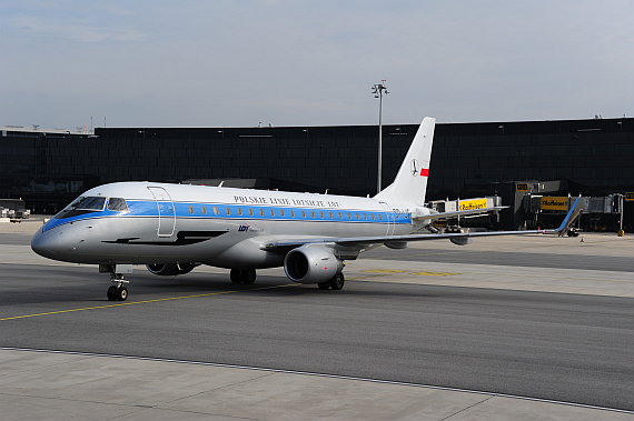 LOT Polish Airlines Embraer E175 Retro SP-LIE_9 Foto PA Austrian Wings Media Crew
