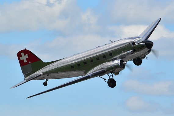 Swissair DC-3 Lowpass Foto PA Austrian Wings Media Crew
