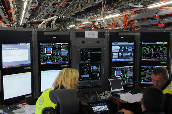 Airbus A350-900 Flight Test Engineer Station - Foto: Austrian Wings Media Crew