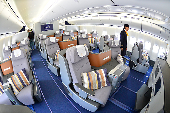 lufthansas neues jumbo flaggschiff unterwegs an bord der 747 8i austrian wings. Black Bedroom Furniture Sets. Home Design Ideas
