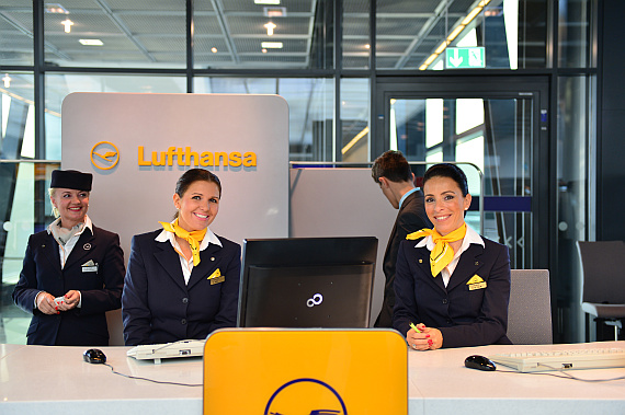 Lufthansa Check-In Agent_1 Foto PA Austrian Wings Media Crew