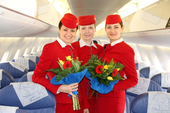 Air Moldova Flight Attendants - Foto: Austrian Wings Media Crew