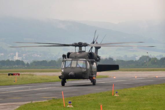 Bundesheer Sikorsky Black Hawk rollt Foto Huber Austrian Wings Media Crew