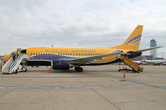 Europe-Air-Post-Boeing-737-300-F-GIXT-Foto-RR-18