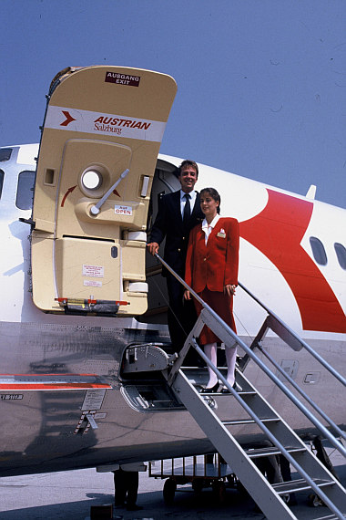 AUA Austrian Airlines Crew MD-80 Foto Archiv Austrian Airlines