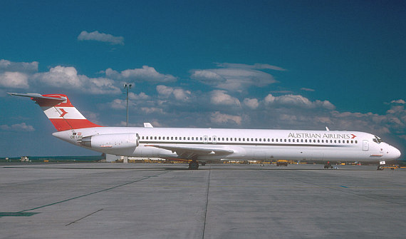 AUA Austrian Airlines MD-80 OE-LDX new colors Foto AUA
