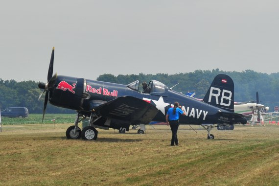 Fugplatzfest Stockerau 2015 Foto Huber Austrian Wings Media Crew Flying Bulls F4U Corsair
