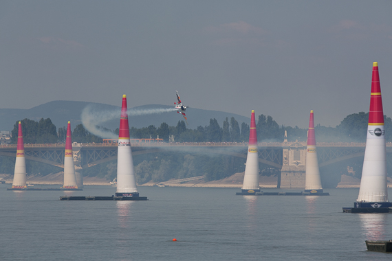 Red Bull Air Race Budapest 2015 Peter Hollos - 140324-PH5_3739