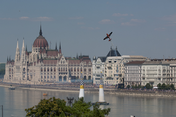 Red Bull Air Race Budapest 2015 Peter Hollos - 142810-PH5_4051