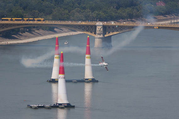 Red Bull Air Race Budapest 2015 Peter Hollos - 143414-PH5_4078