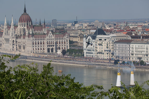 Red Bull Air Race Budapest 2015 Peter Hollos - 143713-PH5_4133
