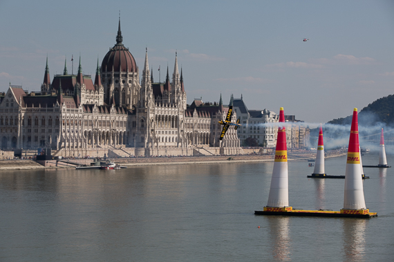 Red Bull Air Race Budapest 2015 Peter Hollos - 160908-PH5_4514-2