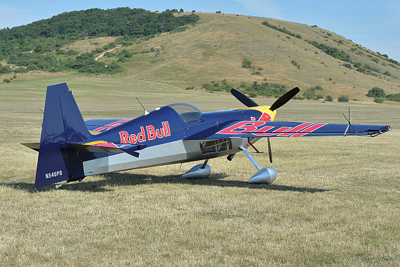 Spitzerberg 2015 Foto Huber Austrian Wings N540PB Zivko Edge 540 Flying Bulls Red Bull
