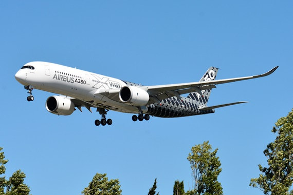 25. Copyright by Paul Bannwath Airbus A350