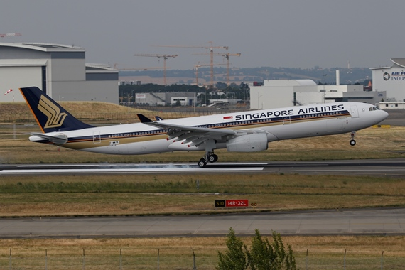 44. Copyright by Benjamin Schudel Singapore Airlines Airbus A330 9V-SSG