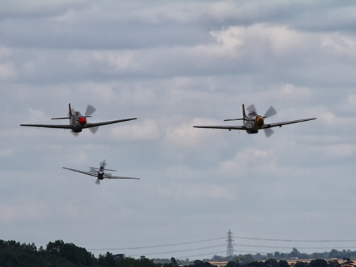 Mustang_formation_low