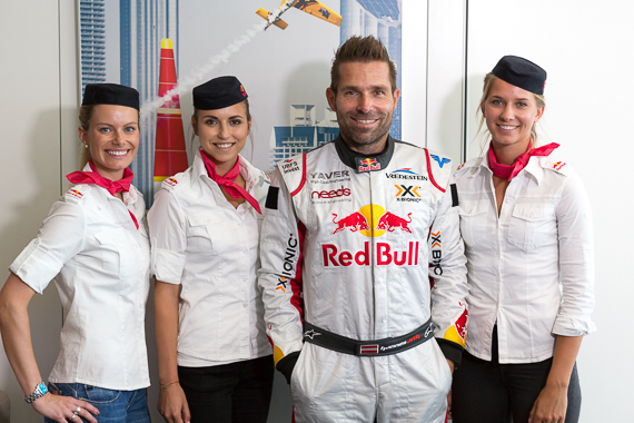 Red Bull Air Race Spielberg 2015 Media Day Hannes Arch Peter Hollos - PH5_6378