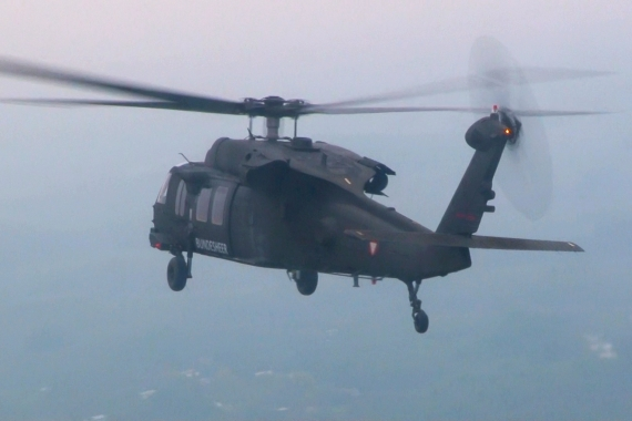 Bundesheer Blackhawk Air-to-Air - Foto: V-I-P.tv