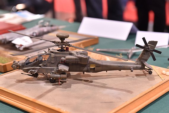 Modellbaumesse 2015 Foto Huber Austrian Wings Media Crew IPMS Austria Stand AH-64 Apache