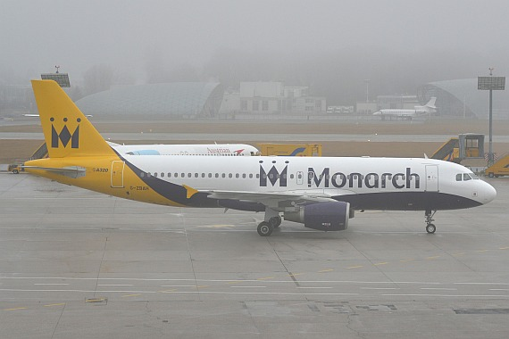 Salzburg Wintercharter 02012016 Huber Austrian Wings Media Crew G-ZBAH Monarch Airlines Airbus A320 DSC_0297