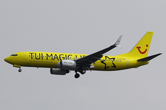 D-ATUG Boeing 737 Split Winglets TUIfly Magic Life Sonderlackierung Foto Kevin Schrenk_002