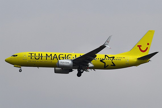 D-ATUG Boeing 737 Split Winglets TUIfly Magic Life Sonderlackierung Foto Kevin Schrenk_003