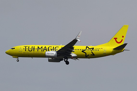 D-ATUG Boeing 737 Split Winglets TUIfly Magic Life Sonderlackierung Foto Kevin Schrenk_004