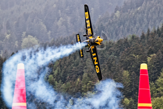 Francois LeVot Red Bull Air Race Spielberg 2016 Foto Thomas Ranner