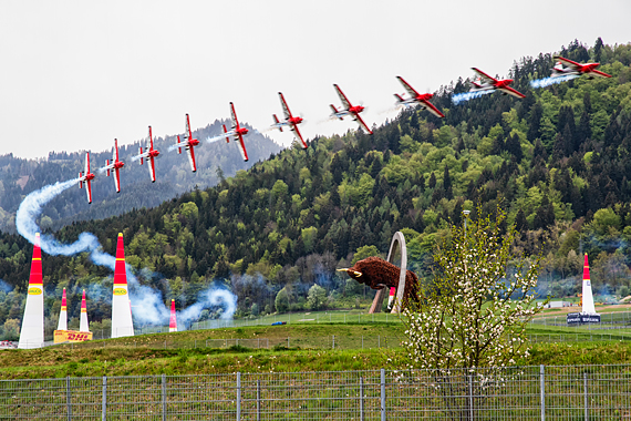 Peter Podlunsek Red Bull Air Race Spielberg 2016 Foto Thomas Ranner