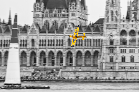 1_2KD79209_NIgel Lamb Red Bull Air Race Budapest 2016 Foto Thomas RAnner